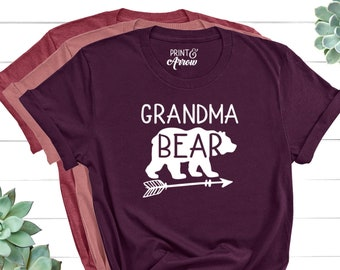 Grandma Bear Shirt, Christmas Gift for Grandma, Grandma Bear Tee, Grandma Shirt, Grandmother Shirt, Grandma Gift, Mothers Day Gift Grandma
