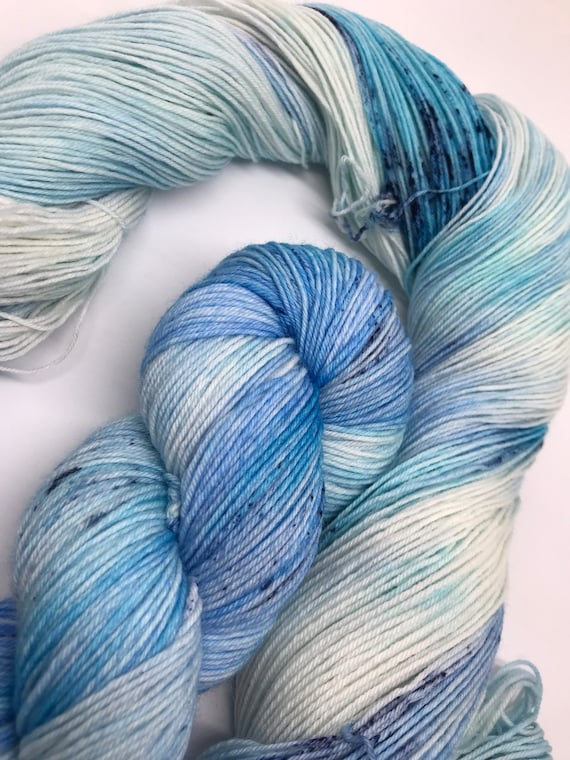 Delft - 100g superwash merino / nylon Sock Yarn 4 ply, fingering, hand dyed, tonal light blue, navy speckles