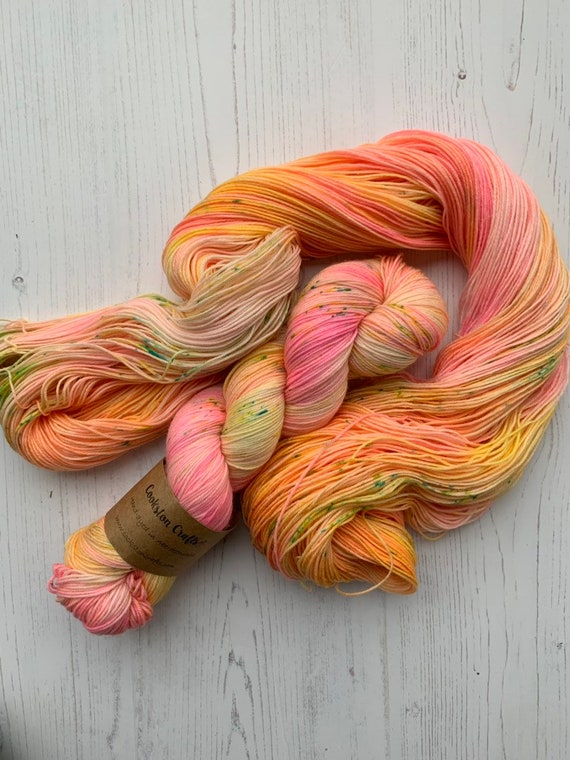 Each Peach Pear Plum - 100g Superwash Merino / Nylon Sock Yarn 4 ply, fingering, hand dyed in Scotland, pink, orange variegated speckles