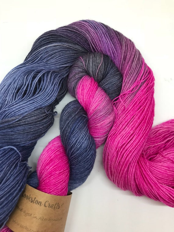 "100g British Blue Faced Leicester Yarn 4 ply, fingering, sock, hand dyed in Scotland, ""Skyrie Rigoot"" pink, navy, grey"