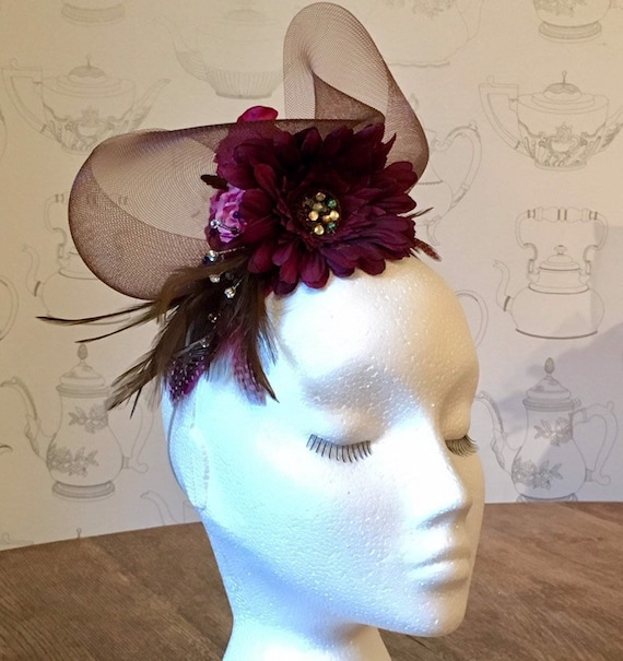 Fabulous Fascinator Workshop with Catriona Mackenzie of OTM Design, Sun 25th August, 1-4pm.