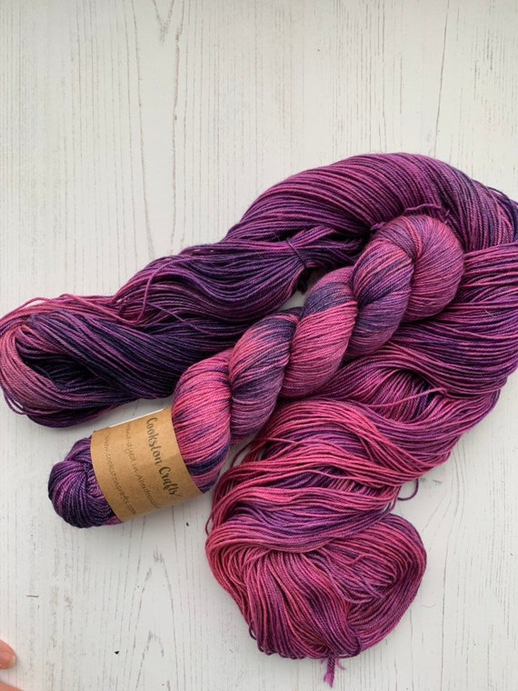 Brambleberry - 100g 60/20/20 Superwash Merino / Silk / Yak Sock Yarn 4 ply, fingering, hand dyed in Scotland, navy, purple, pink variegated