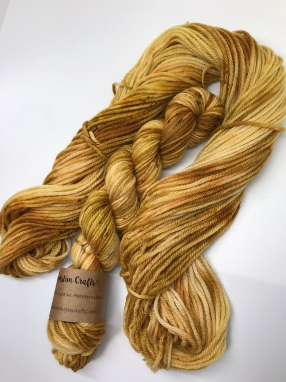 Dram - 50g 100% Superwash Merino DK double knit yarn, hand dyed in Scotland, gold mustard whisky amber speckles