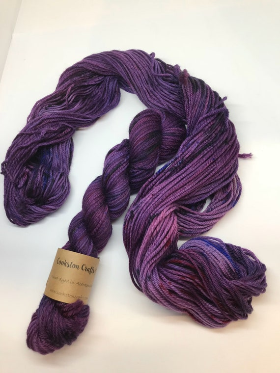 Deep purple - 50g 100% Superwash Merino DK double knit yarn, hand dyed in Scotland, variegated
