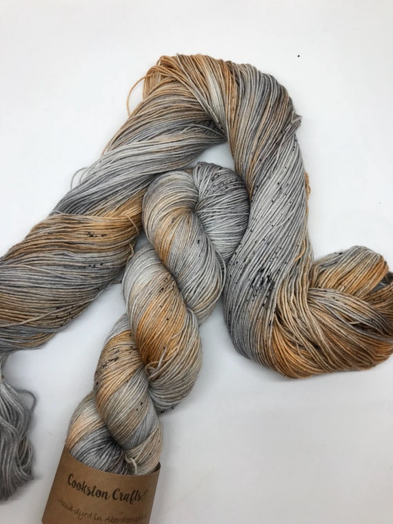 "100g Superwash Merino / Nylon Sock Yarn 4 ply, fingering, hand dyed in Scotland, orange, charcoal grey, speckles ""Halloween Haze"""
