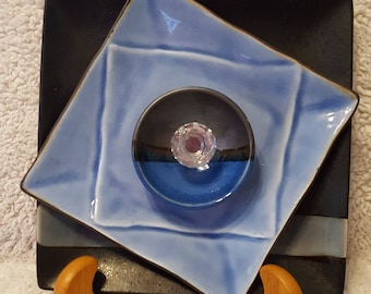 Contemporary Charm- Glass Plate Flower