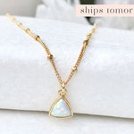 Dainty Opal Necklace, Opal Choker, Gemstone Choker, Delicate Necklace, Minimalist Jewelry, Layering Necklace, Thin Gold Chain, 14kt Gold Fil