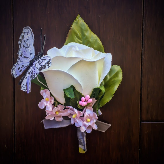 Butterfly boutonniere kit or assembled diy with silk flowers butterfly boutonniere kit or assembled diy with silk flowers leaves butterfly and ribbon for country groom rustic woodsy wedding from tizzybits on etsy mightylinksfo