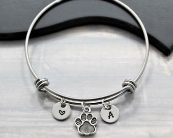 Dog Charm Bracelet - Dog Paw Bangle - Dog Mom Bangle - Paw Print Pendant - Animal Lover Gift - Moms Day Gift - Pet Gift Idea