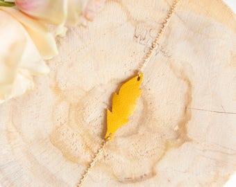 Yellow mustard bohemian leather bracelet, gold filled chain bracelet, yellow feather bracelet, everyday bracelet, elegant woman bracelet