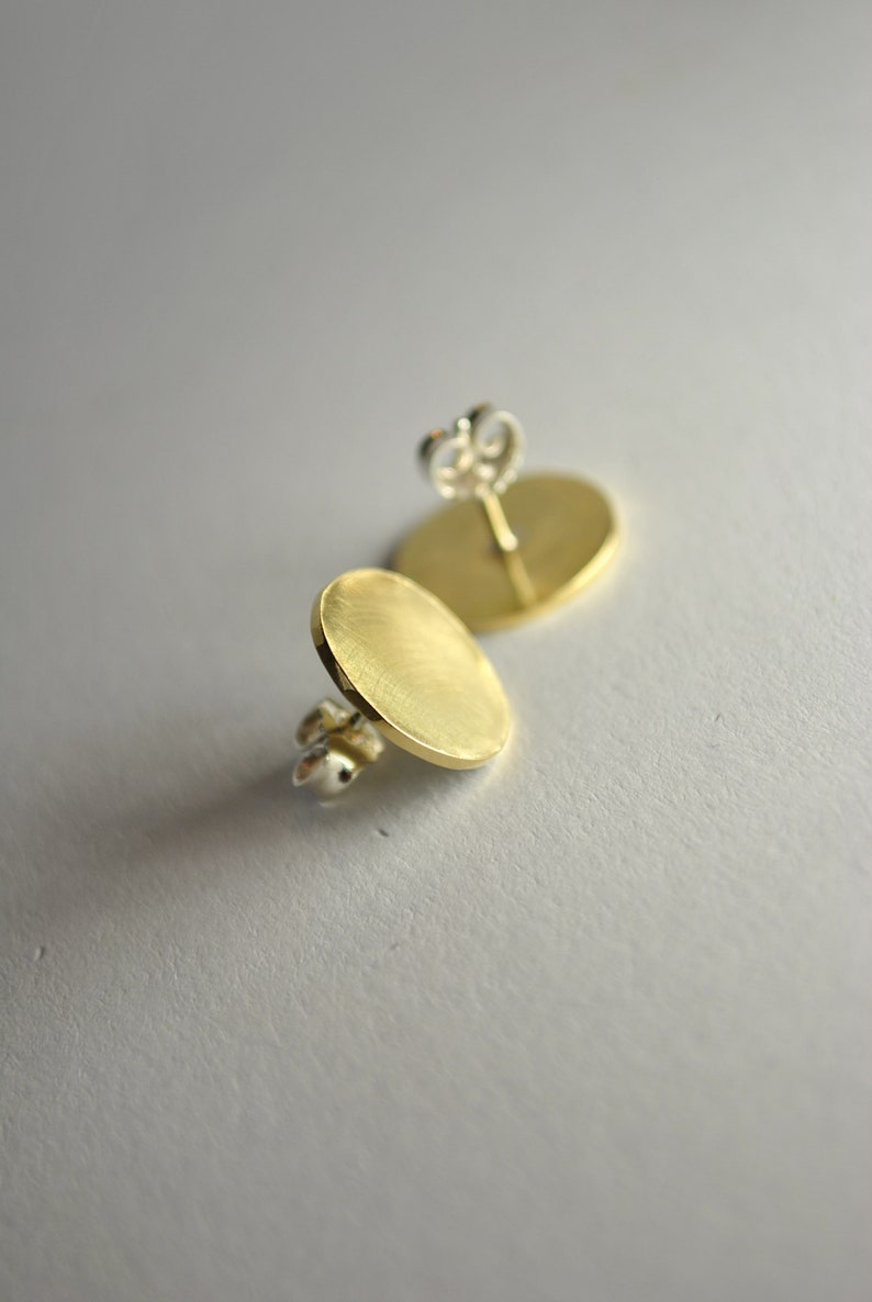 HANNAH 1. unround stud earrings made of brass or copper Messing