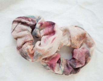 Scrunchies pink turquoise flowered cotton linen / linen hair rubber / floral fabric bright pink