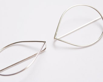Juno. drop earrings in 925 silver, brass or copper