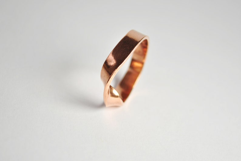Flora. twisted ring made of brass copper or 925 silver Kupfer
