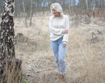 Whitmoor Sweater Knitting Pattern in English and Francais