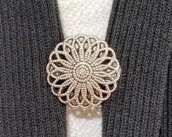 Sweater Closure 5050 Gray Round Flower Sweater Cardigan Clip