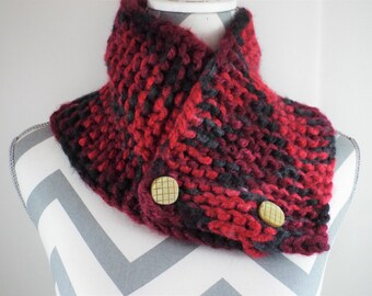 Chunky Knit Cowl Button Neckwarmer Black And Red Adjustable Size Cowl Soft Warm Cowl Gift For Her Knit Cowl Cowl scarf