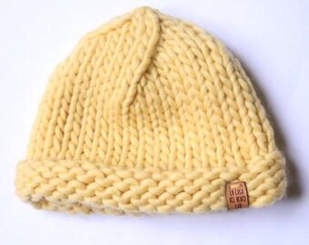 Yellow Big wool cap-knitted winter hat-berrettone Lacasanelventolab-pure chunky merino wool beret