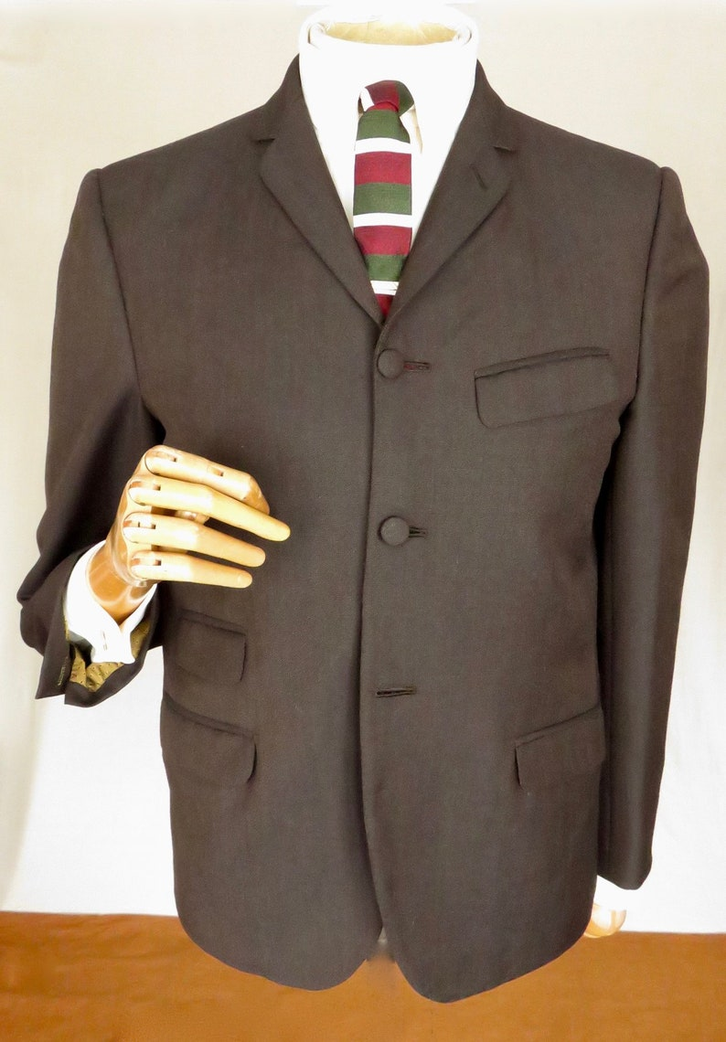 Hardly worn fresh and crisply tailored by a Top London tailor  lightweight Mohair Mod Jacket with working  mans cuffs size 40