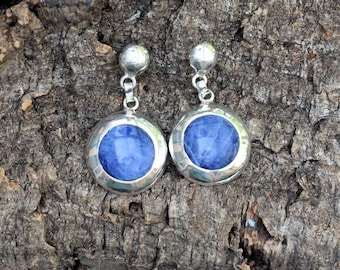 Beautiful silver Earrings (950) with around lapis lazuli pebble.   * Free SHIPPING *