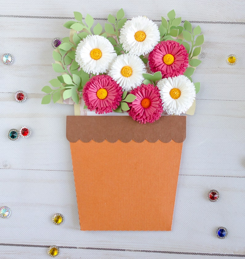 Quilling potted spring bouquet Birthday Get well Mothers day daisy card.