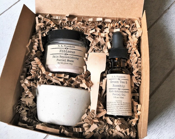 Featured listing image: Facial Gift Set