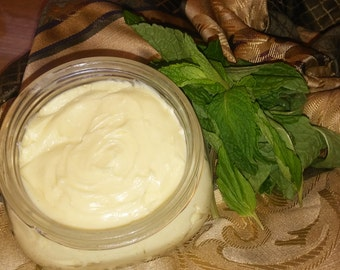8oz Mint whipped shea butter