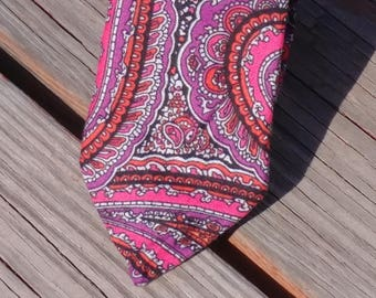 Hot Pink Paisley, Pink and Purple, Retro, Paisley Necktie, Bright Colors