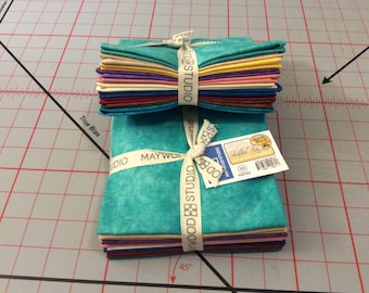 Row by Row Experience Fat Quarter Bundle