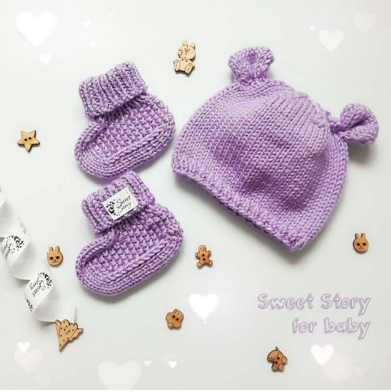 Baby gift idea Baby shower gift Hand knit baby set Homemade Baby knit hat and socks little bear hat Merino wool hat and socks for baby