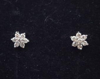 18ct White Gold Diamond Cluster Stud Earrings | 0.24ct