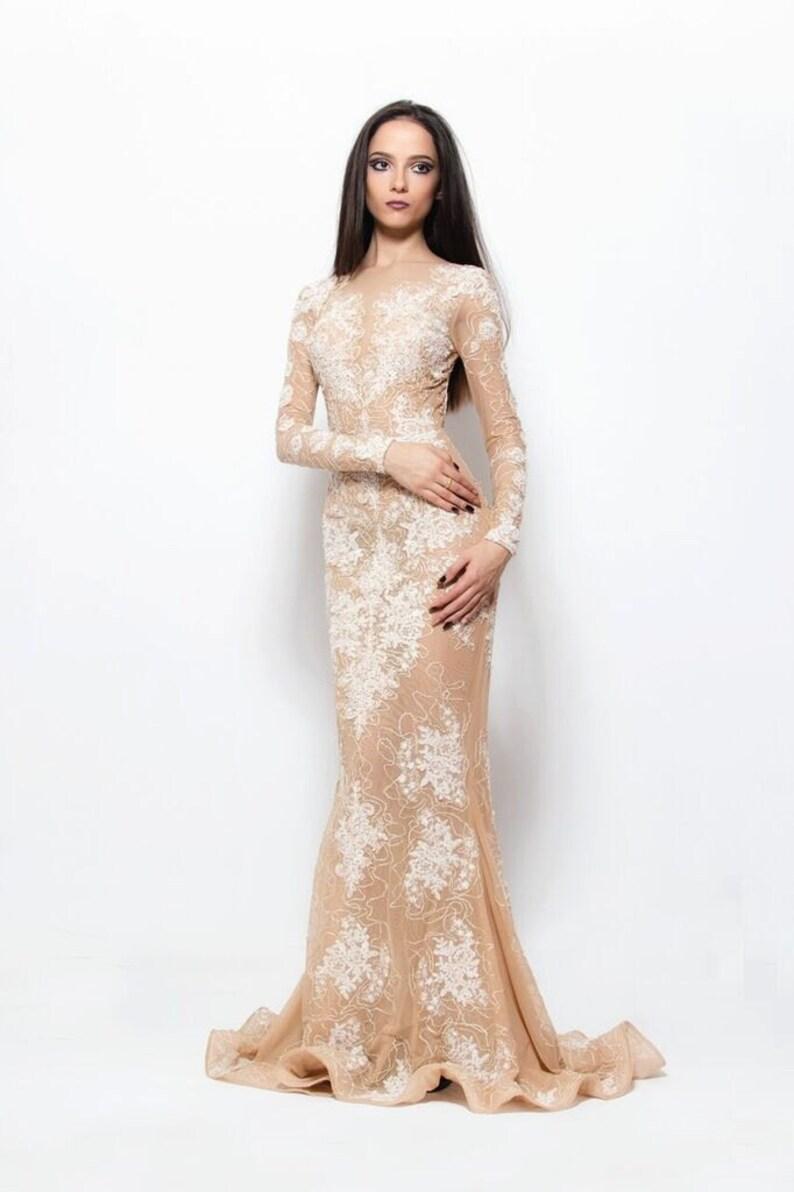 2352fd424f Beżowy i biały strój elegancki ślub suknia ślubna Tiulowa