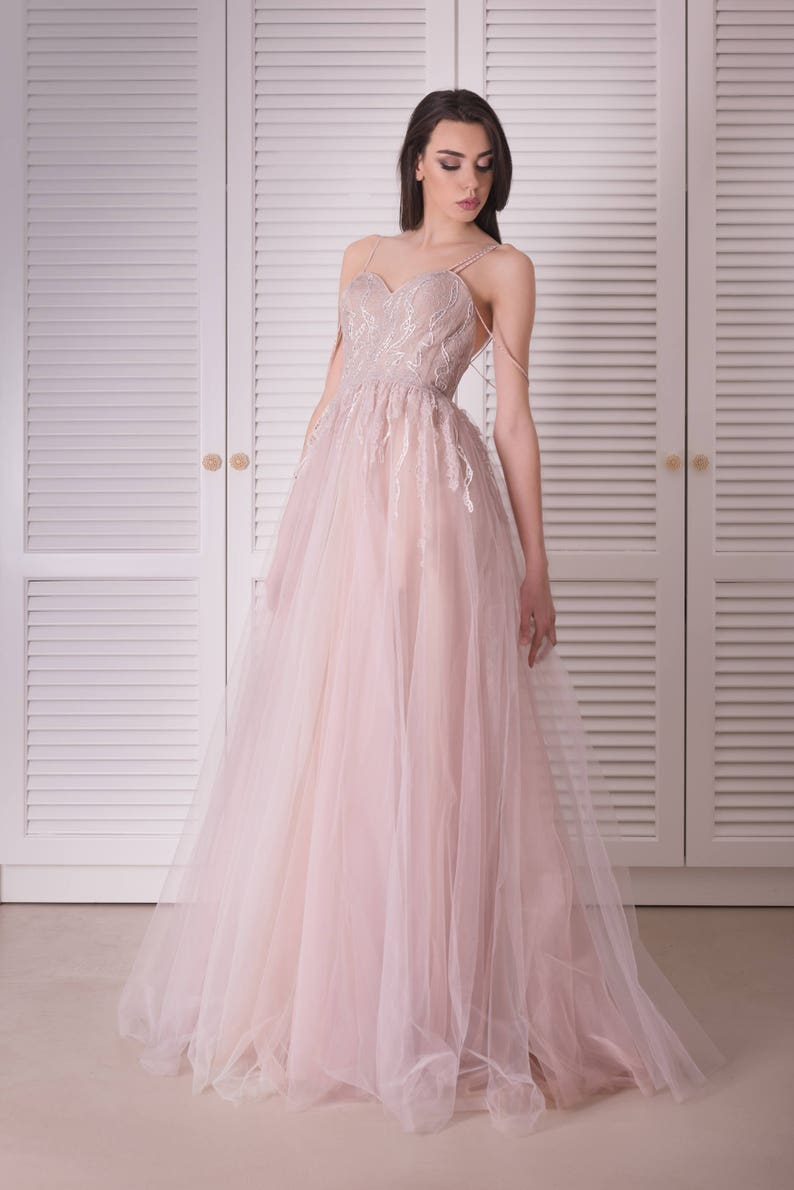 5c9bac879f7 Sexy wedding dress in pink Princess wedding dress from tulle