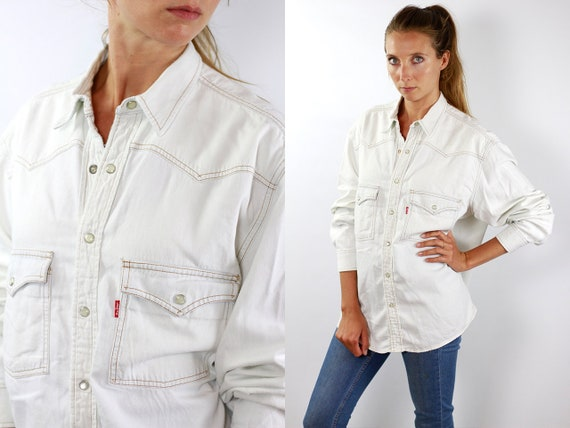 LEVIS Denim Shirt Levis Jean Shirt Levis Shirt Levis 90s Levis Shirt 90s Jean Shirt 90s Denim Shirt Vintage Jean Shirt Denim Shirts Grunge