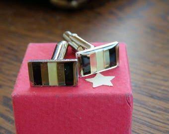 Elegant retro metal cufflinks