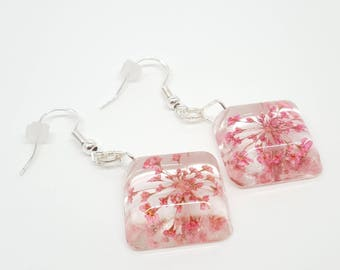 Real flower earrings, lace flower earrings, pink earrings, botanical earrings, resin earrings, boho earrings, summer, bohostyle, delirium