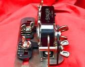 SINGER SIMANCO 121795 Buttonholer Attachment Low Shank 201 Featherweight 221 222 Vintage