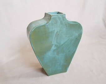 Green turquoise deco design vase