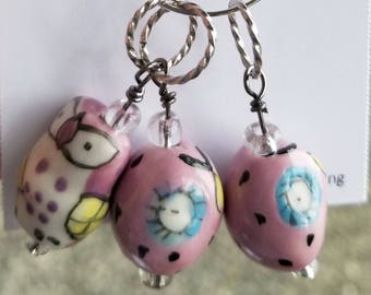 Stitch Markers. Set of 3 fun, pink owls.