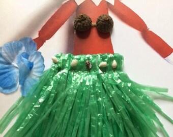 Elf in Hawaii hula coconut bra grass skirt set