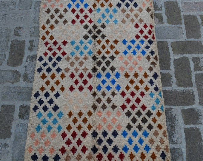 88 x 146 cm. Soft wool hand made modern rug/ Free Shipping
