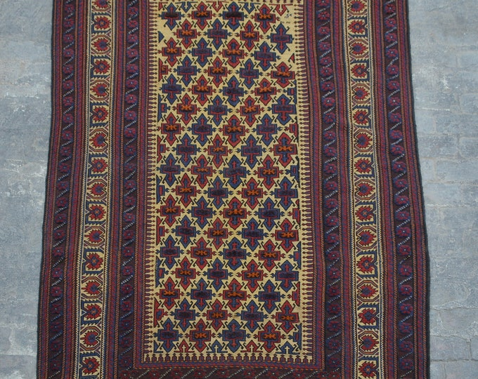 Elegant handmade tribal berjesta area rug