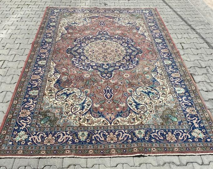 Elegant vintage turkish kayseri rug