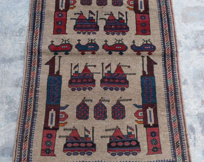 Free Shipping/ Hand knotted tribal War Rug/ 2'10 x 4'8 ft.