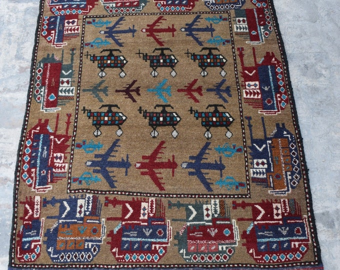 Free Shipping/ Hand knotted tribal War Rug/ 3'6 x 4'10 ft.