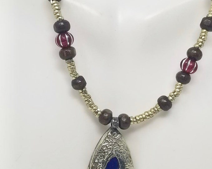Beautiful vintage afghan fish style lapiz pendant necklace / Afghan jewelry