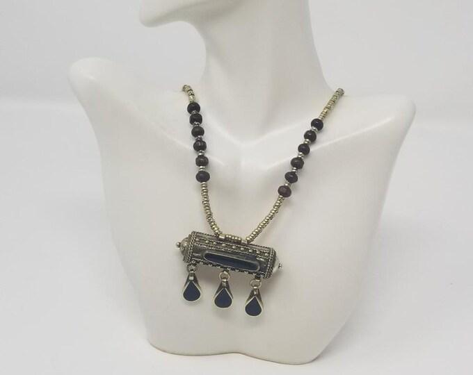 Beautiful vintage Afghan kuchi black pendant necklace/ gypsy Ethnic jewelry/ Afghan jewelry , Gypsy style jewelry Boho style