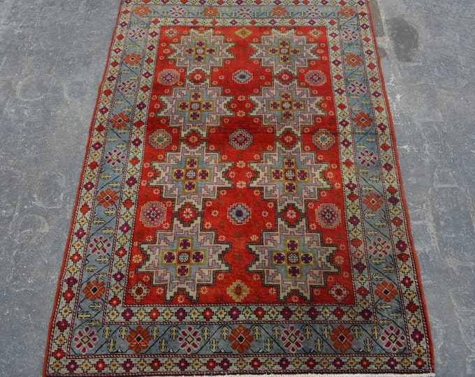COLLECTOR'S - Semi Antique Hand knotted Area rug / Turkish Home decor rug Caucasian Good Quality Authentic Traditional rug