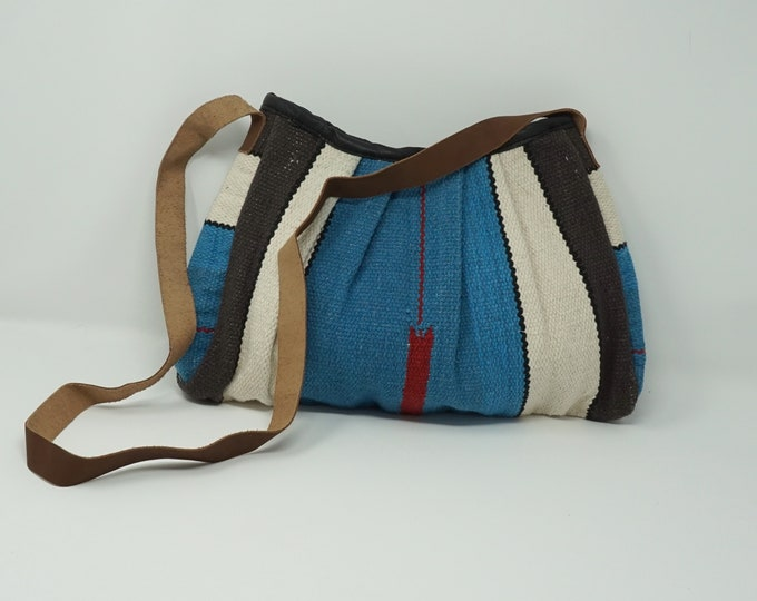 Beautiful handmade drawstring kilim bag / bohemian kilim bag - decorative kilim bag