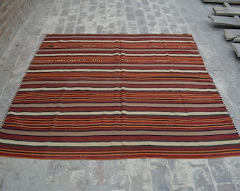 Vintage Spectacular handwoven tribal Shawl nomadic kilim / Traditional kuchi kilim/ decorative Turkish Gypsy kilim